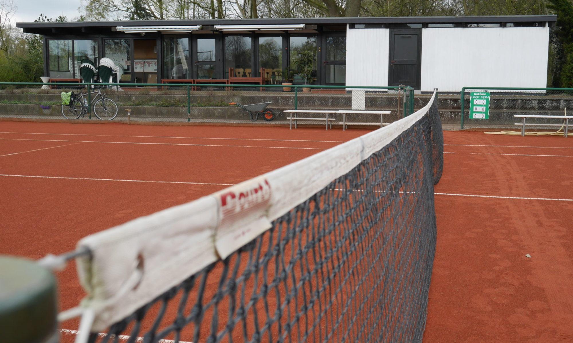 <<Tennis>>
